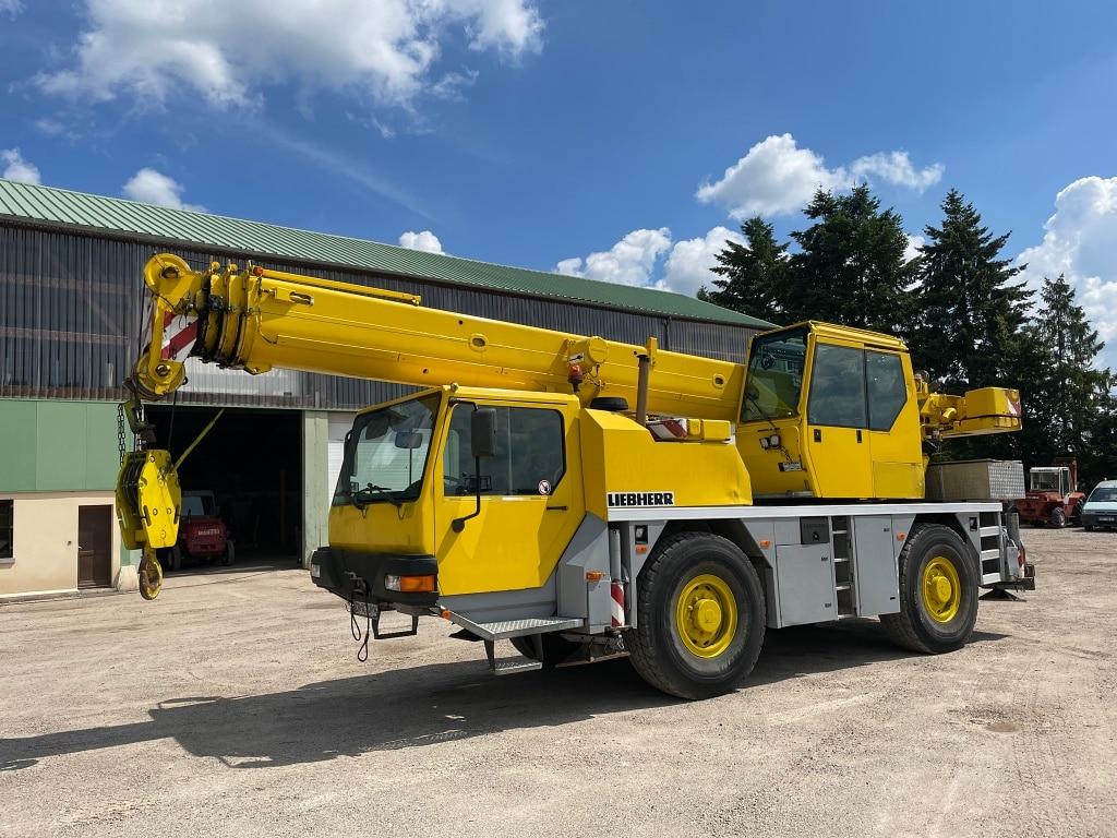 Liebherr LTM 1030-2.1 - Grue mobile Liebherr d'occasion
